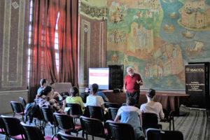 """Prelegere in situ - prof. univ. dr. Alexandros Alexakis (Universitatea din Ioanina, Grecia), """"Reprezentări în paleografia bizantină"""" (I)"""