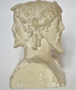 Statuia zeului Ianus, bifront din gips