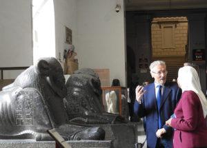 Emil Constantinescu în vizită la Muzeul de Egiptologie din Cairo