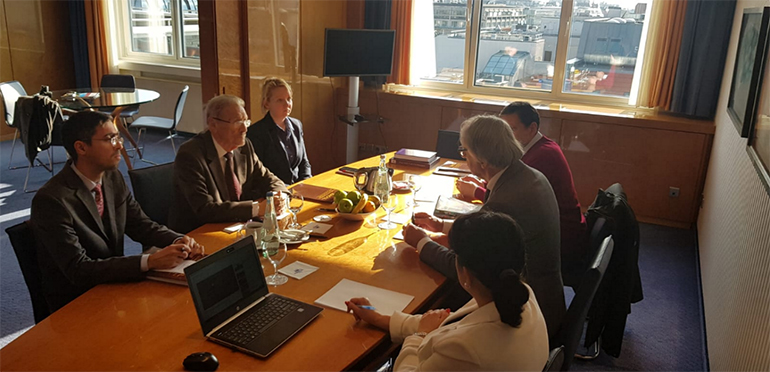 Proiecte comune de coeziune științifică europeană. Întâlnire cu academicianul Günter Stock