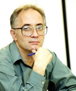 """Gabriel Andreescu: """" Văd în greviștii foamei din Piața Universității ceva de natura unui fenomen religios"""""""