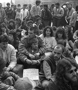 Precum în decembrie 1989, tinerii sunt din nou pe baricade Mihai Enescu