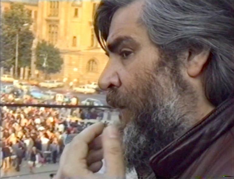 """Sorin Dumitrescu: """"Balconul luminat"""""""