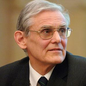 Juri Engelbrecht (președintele Academiei Estoniene de Științe, fost președinte al Asociației Academiilor Europene)