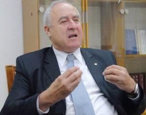Momir Djurovic (președinte al Academiei de Științe din Muntenegru)