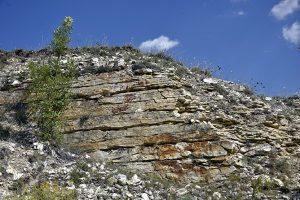 Cercetarea carierelor de piatră din preajma siturilor arheologice este o preocupare a geologilor din echipa programului Dobrogea, martor al civilizațiilor milenare ale Levantului, derulat de ISACCL