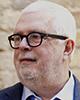 Gavyn Davies Co-fondator și Președinte al Fulcrum Asset Management; Prim Economist și Director al Departamentului pentru Investiții Globale, Goldman Sachs (1988-2001); Director al BBC (2001-2004)