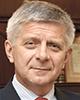 Marek Belka, MPE Prim-Ministru al Republicii Polonia (2004-2005); Vice-Prim Ministru și Ministru de Finanțe (2001-2002); Director al Departamentului pentru Europa din cadrul Fondului Monetar Internațional (2008-2010)