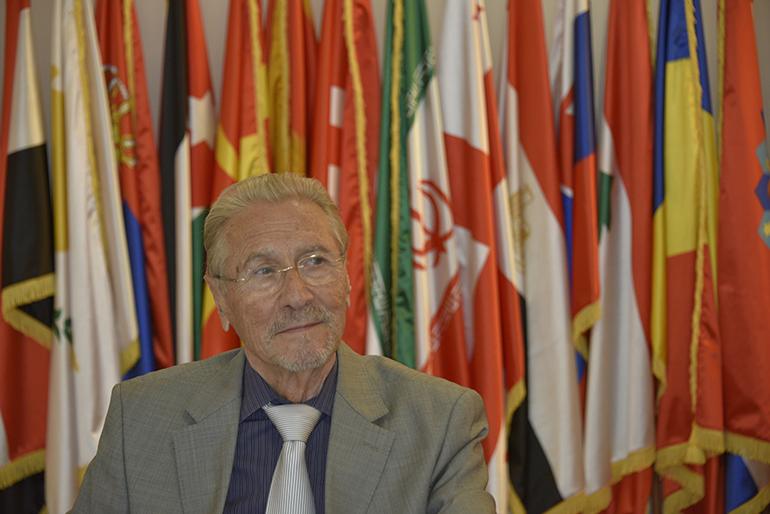"""Emil Constantinescu la Conferința internațională """"Coeziune socială în regiunea Mării Negre"""""""