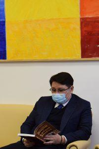 Excelența-Sa domnul ambasador Nurbakh Rustemov