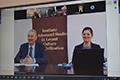 Președintele Emil Constantinescu și dr. Oana Brânda la o masă rotundă care a dezbătut Rolul multilateralismului în fundamentarea societății secolului XXI, organizată de Mișcarea Internațională Indiană pentru Unificarea Națiunilor (MIIUN)