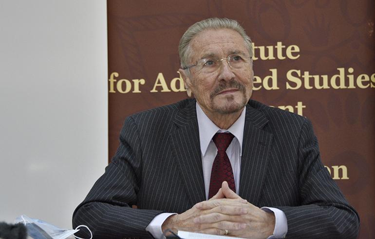 Emil Constantinescu la conferință online. Istoria recentă. 30 de ani de la destrămarea URSS. 30 de ani de independență a Kazahstanului