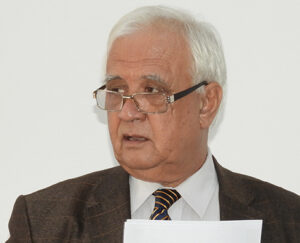 Occident şi Orient la început de mileniu Prof.dr. Tasin Gemil