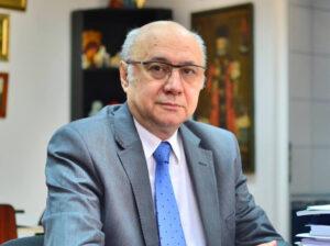 Chirurgia în timpul pandemiei de COVID-19 în România, Prof. dr. Irinel Popescu, Membru corespondent al Academiei Române